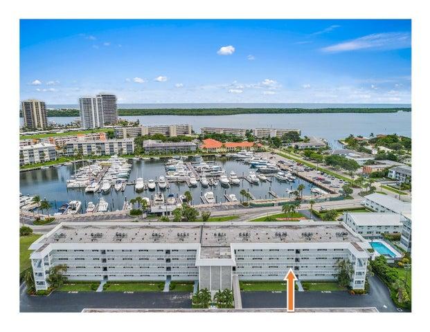 907 Marina Drive, 203, North Palm Beach, FL 33408