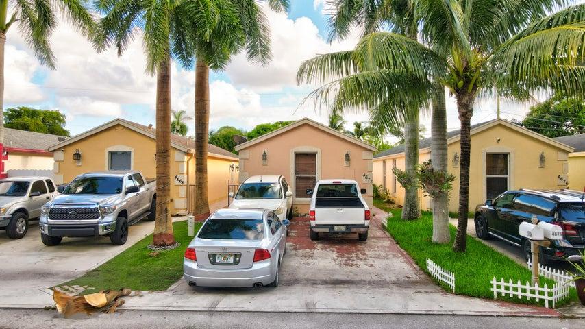 4672 Clemens Street, Lake Worth, FL 33463