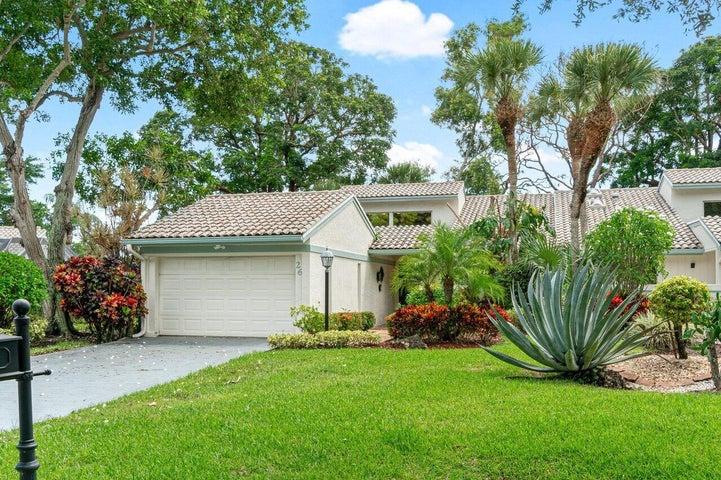 26 Cambridge Drive, Boynton Beach, FL 33436