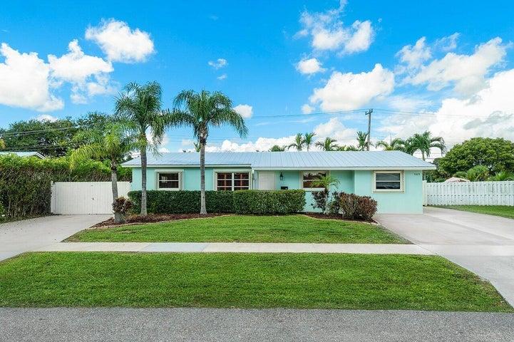 989 Laurel Road, North Palm Beach, FL 33408