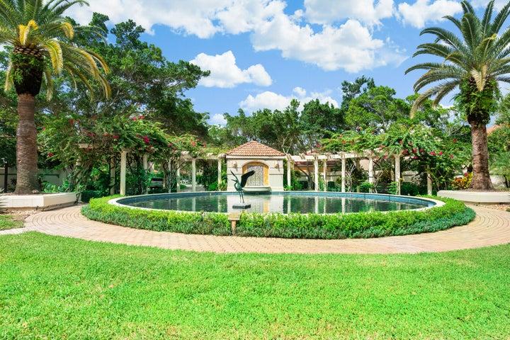 52 Via Verona, Palm Beach Gardens, FL 33418