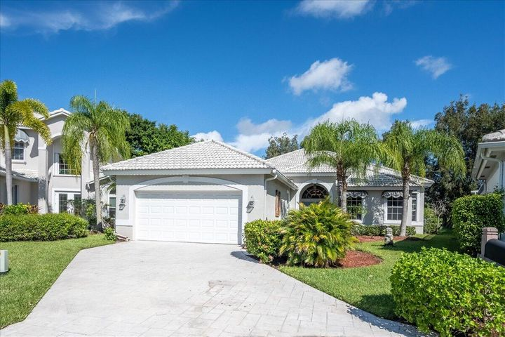 9637 Spray Drive, West Palm Beach, FL 33411