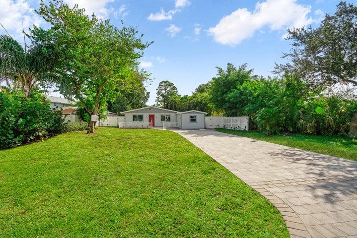 1467 SW Peninsula Lane, Palm City, FL 34990