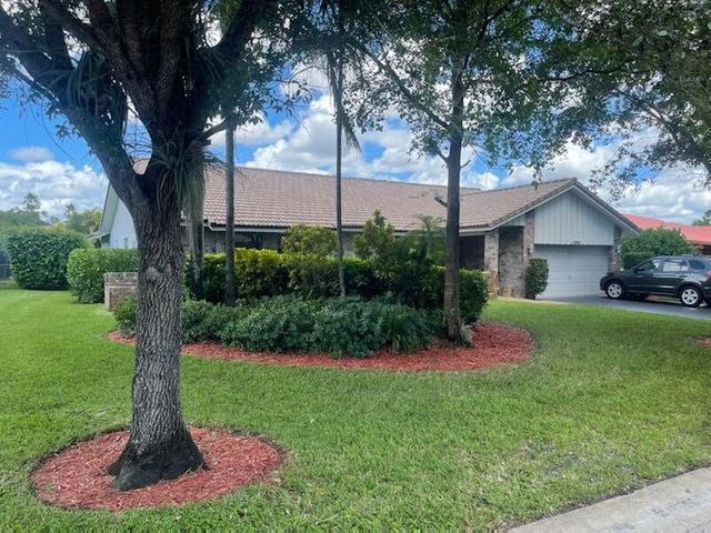 10953 NW 17th Manor, Coral Springs, FL 33071