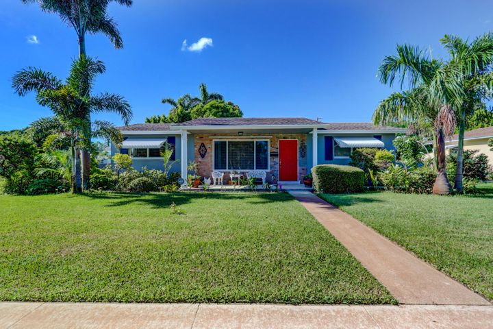 2564 Meadow Road, West Palm Beach, FL 33406
