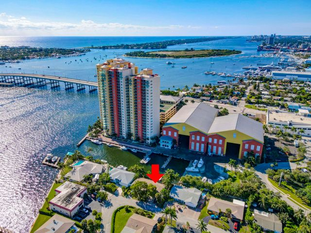 Get out the Palm Beach Inlet in minutes!