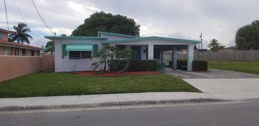 1397 W 28th Street, Riviera Beach, FL 33404