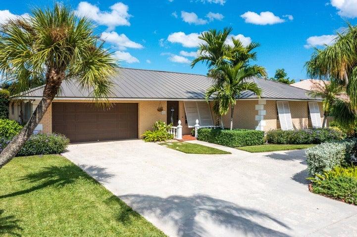 6811 N Calle Del Paz, Boca Raton, FL 33433