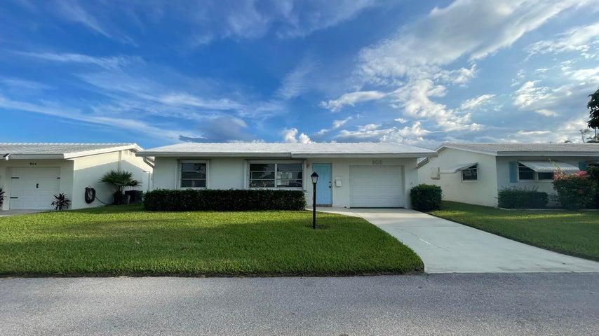 906 SW 5th Avenue, Boynton Beach, FL 33426