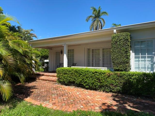 231 Venetian Drive, Delray Beach, FL 33483