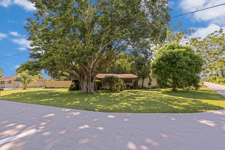 457 Guava Avenue, West Palm Beach, FL 33413