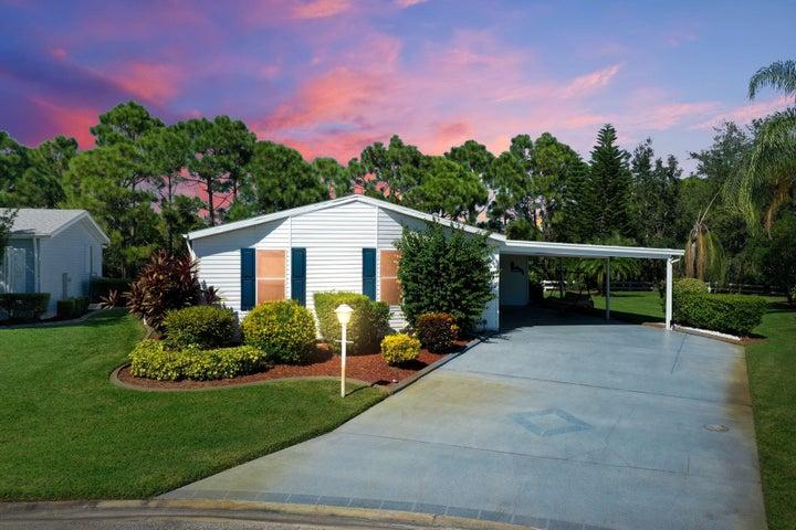2808 Eagles Nest Way, Port Saint Lucie, FL 34952