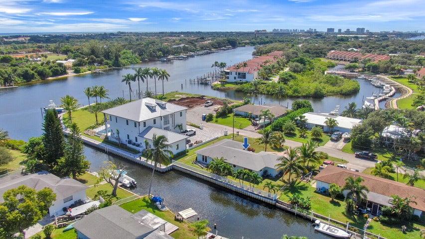 2315 Edward Road, Palm Beach Gardens, FL 33410