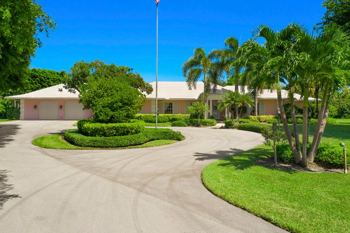 19 Country Road S, Village Of Golf, FL 33436