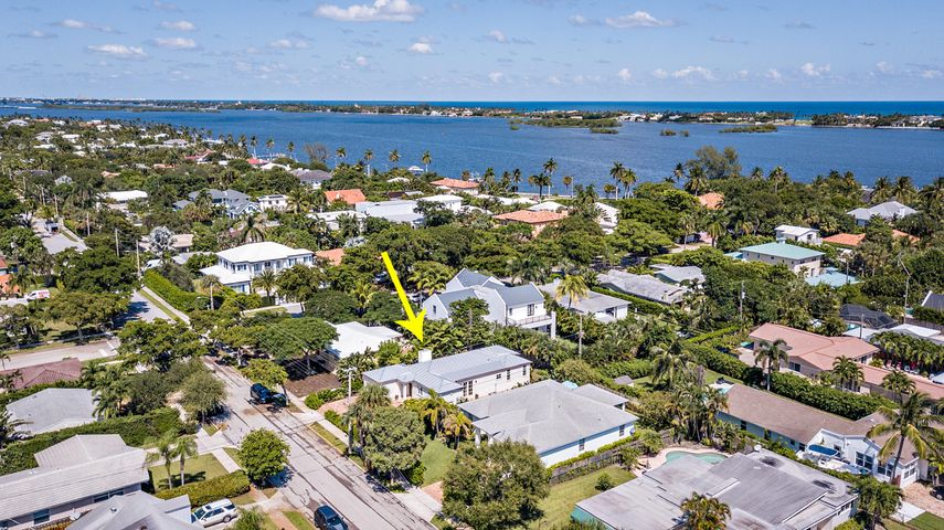 7610 Washington Road, West Palm Beach, FL 33405