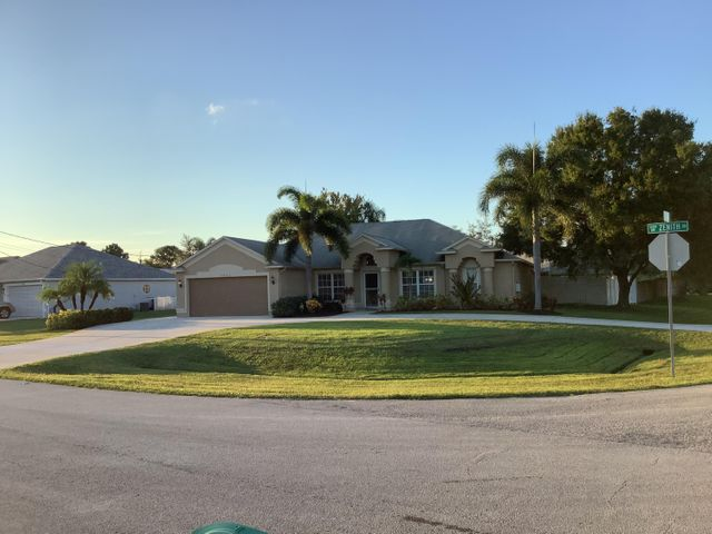 5802 NW Basswood Drive, Port St Lucie, FL 34986