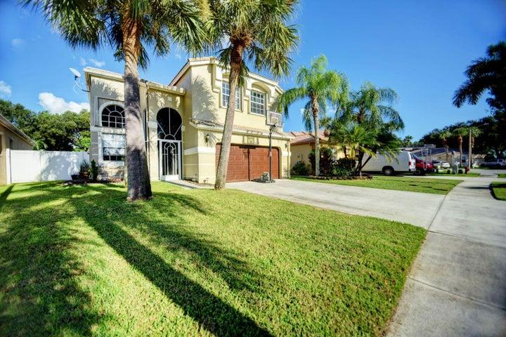 7439 Kingsley Court, Lake Worth, FL 33467