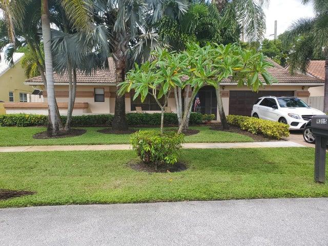 9315 Laurel Green Drive S, Boynton Beach, FL 33437