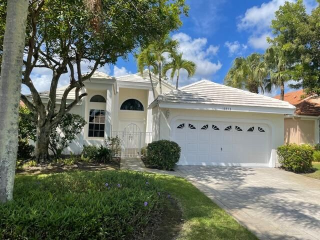 13853 Palm Grove Place, West Palm Beach, FL 33418