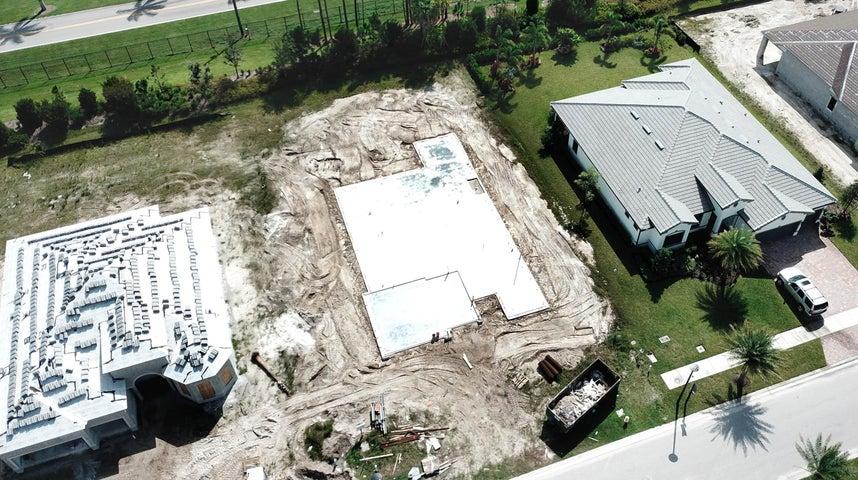 9166 Balsamo Drive, Palm Beach Gardens, FL 33412