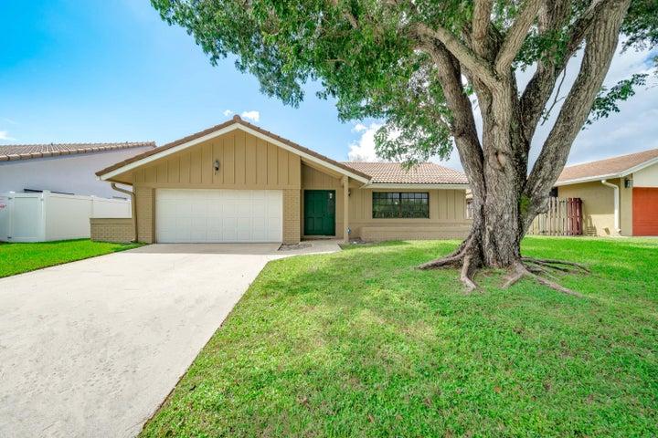 6072 Amberwoods Drive, Boca Raton, FL 33433