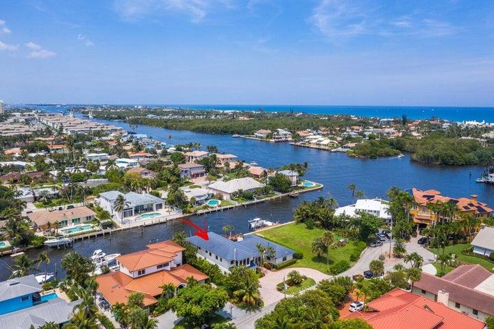 647 Riviera Drive, Boynton Beach, FL 33435
