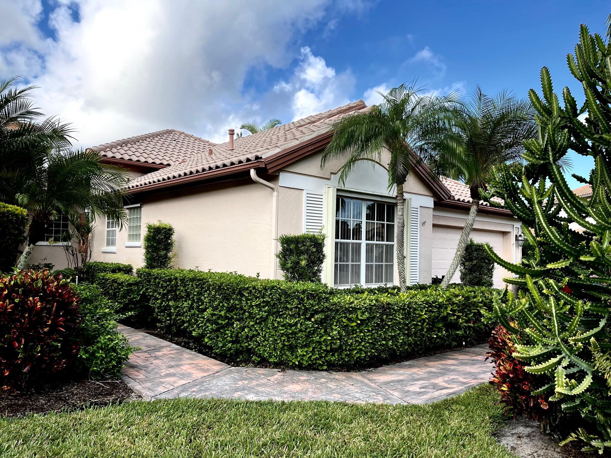 899 Augusta Pointe Drive, Palm Beach Gardens, FL 33418