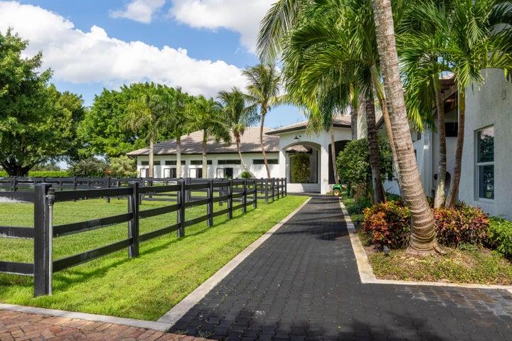 13831 Quarter Horse Trail, Wellington, FL 33414