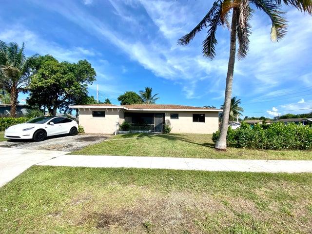 1016 SW 2nd Street, Boynton Beach, FL 33435