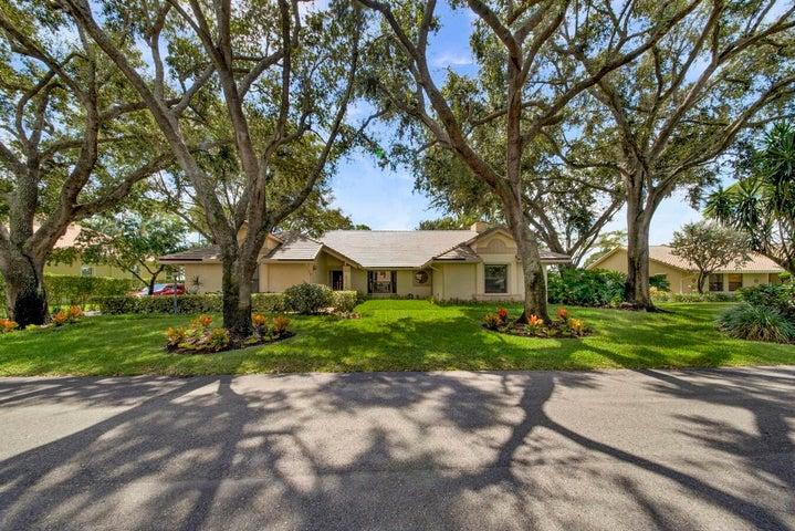4256 Gleneagles Drive, Boynton Beach, FL 33436
