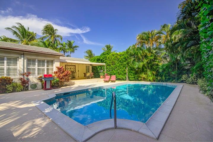 222 Monceaux Road, West Palm Beach, FL 33405
