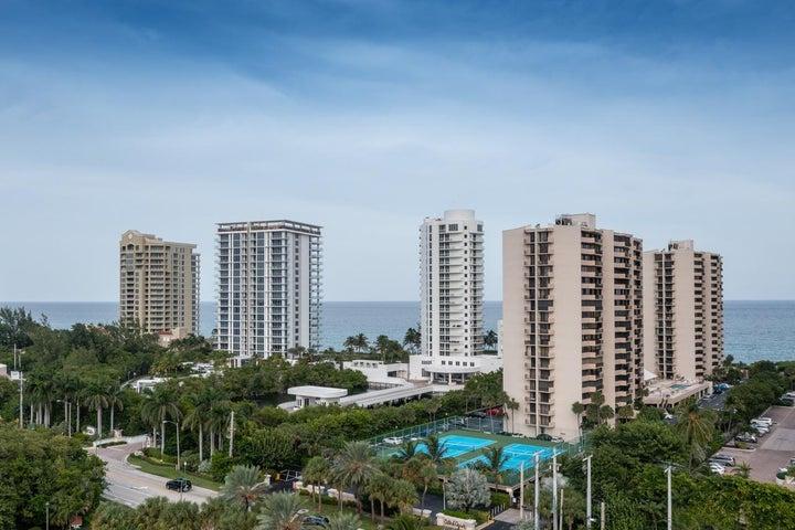Enjoy views of the Atlantic Ocean, Intracoastal & Cities from This 16th floor condo.
