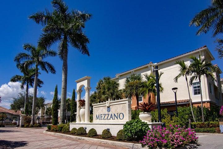 9905 Baywinds Drive, 2107, West Palm Beach, FL 33411