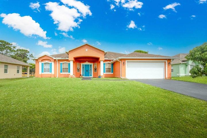 1717 SW Desert Avenue, Port Saint Lucie, FL 34953