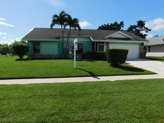 212 Las Palmas Street, Royal Palm Beach, FL 33411