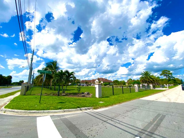 5801 Colbright Road, Lake Worth, FL 33467