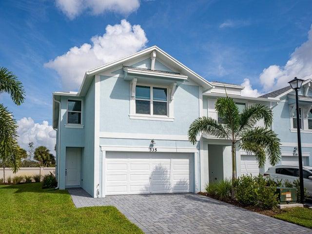335 SE Halifax Lane, Stuart, FL 34994