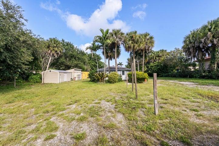 12880 S Military Trail, Boynton Beach, FL 33436