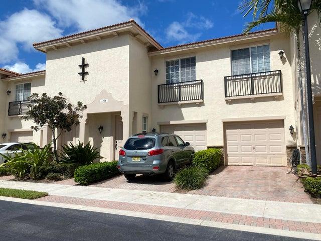 123 S Longport Circle, 9f, Delray Beach, FL 33444