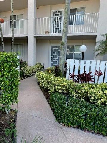6112 Huntwick Terrace, 105, Delray Beach, FL 33484