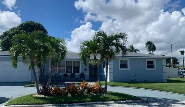 1209 N Australian Avenue, West Palm Beach, FL 33401