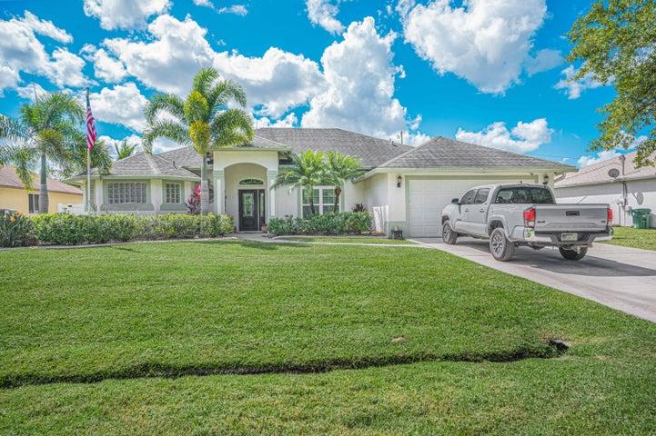 1882 SW Effland Avenue, Saint Lucie West, FL 34953