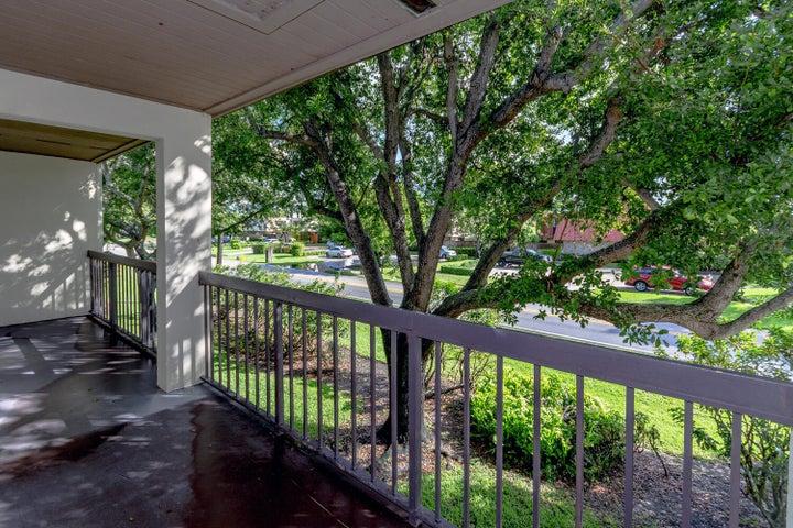 3404 Gardens East Drive, 25-B, Palm Beach Gardens, FL 33410