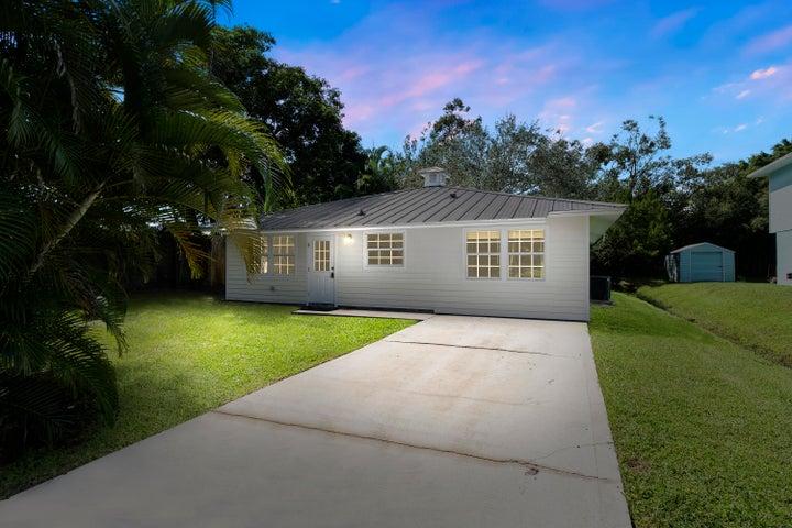 604 SW 11th Court, Palm City, FL 34990