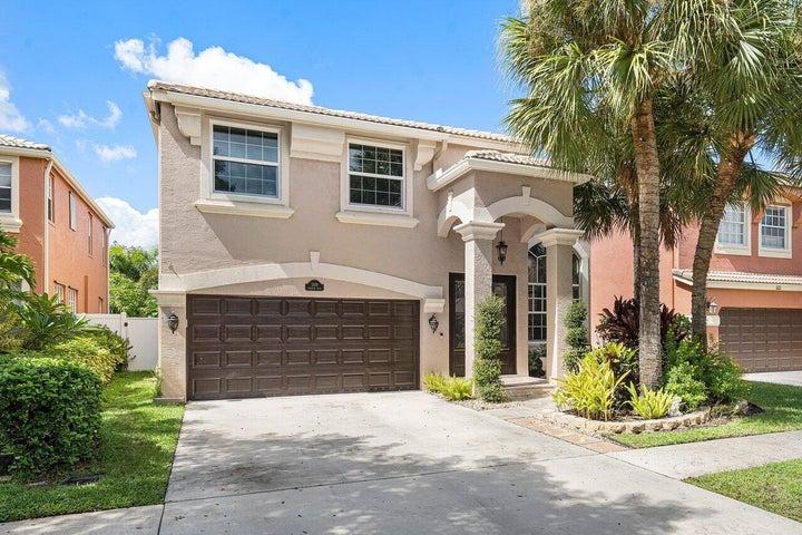 1109 Oakwater Drive, Royal Palm Beach, FL 33411