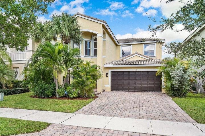 4283 S Magnolia Circle, Delray Beach, FL 33445