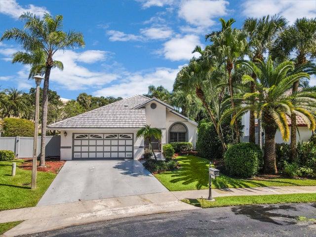 152 Orange Drive, Boynton Beach, FL 33436