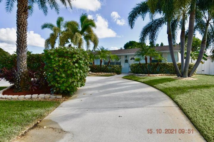 9914 Daphne Avenue, Palm Beach Gardens, FL 33410