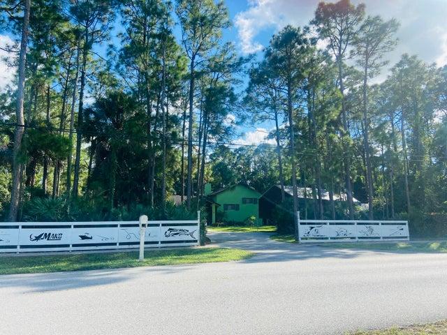 13618 Persimmon Boulevard, The Acreage, FL 33411