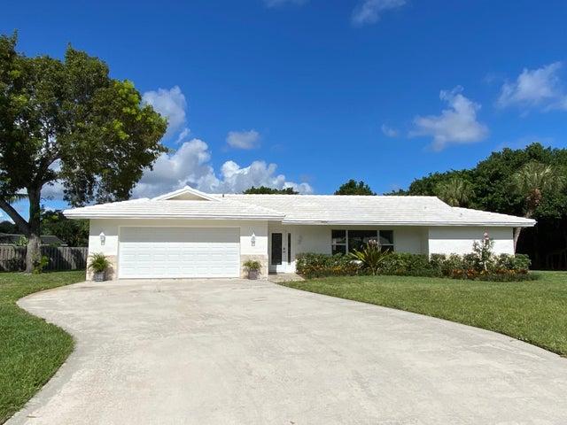 2073 Ascott Circle, North Palm Beach, FL 33408